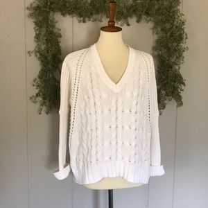 EXPRESS Oversized Cable Knit Sweater sz S-P